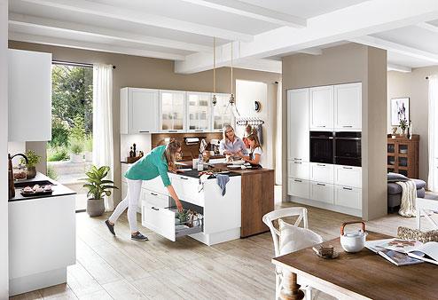 Küche Nordic: Neue Gemütlichkeit - Eine moderne Landhausküche, die viel bietet - Küchenland Auer